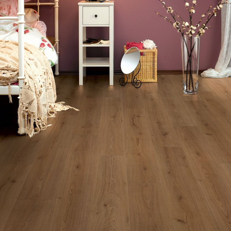 1867-authentic-laminated-floor-ac4-trend-oak